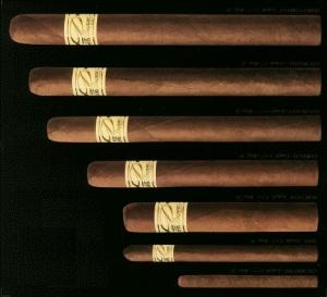 Några dupontska cigarrer.